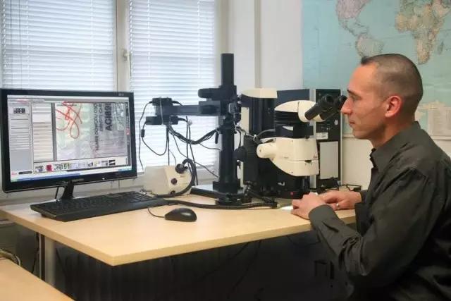 徠卡課堂   孰真孰假——用體視顯微鏡揭發造假者